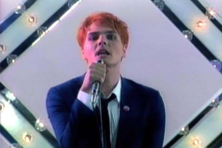 元マイケミ、ジェラルドはポップになりつつもメロディアス具合はそのまま! | Gerard Way – No Shows