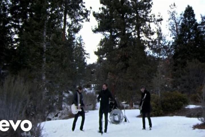 元blink182のTomのバンドは宇宙 | Angels & Airwaves – The Adventure